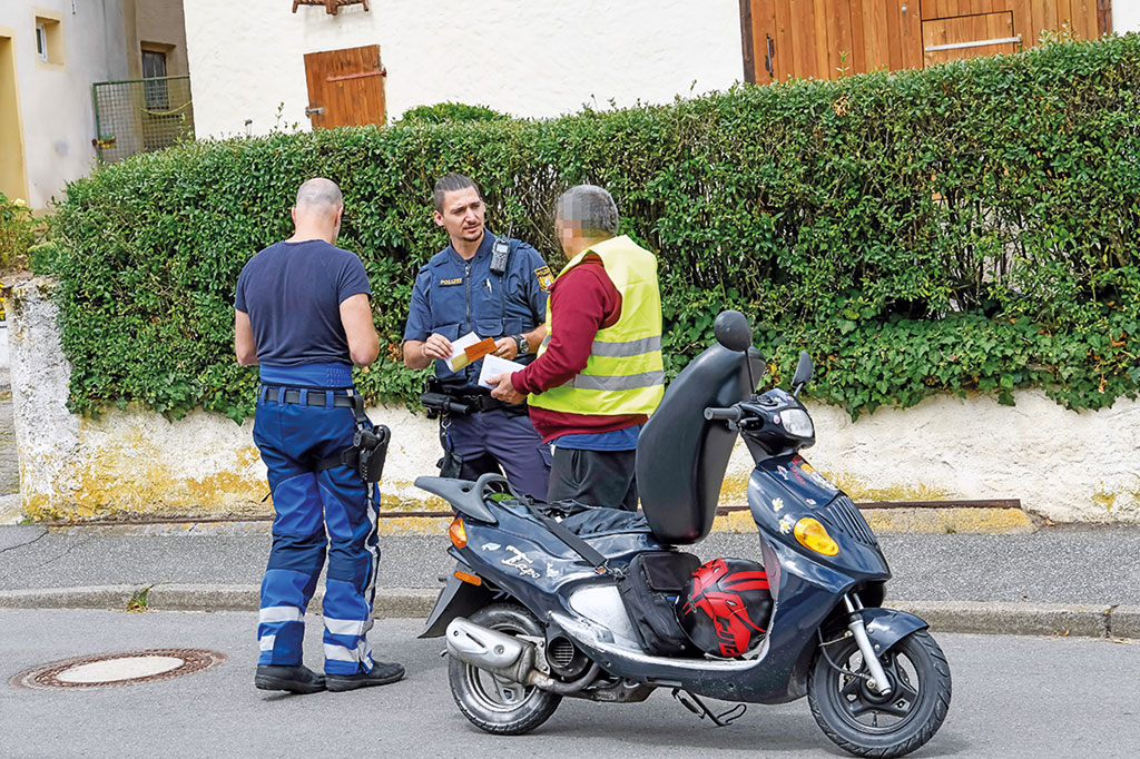 Polizeikontrolle - Ohne Führerschein kein Führer sein