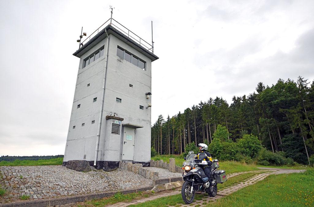Ehemaliger DDR-Wachturm