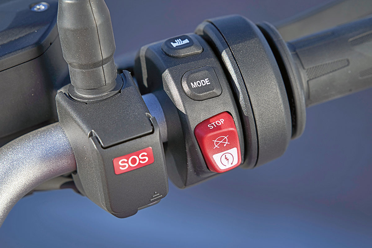 Optionales SOS-System, BMW F 900 R Roadster - Modell 2020