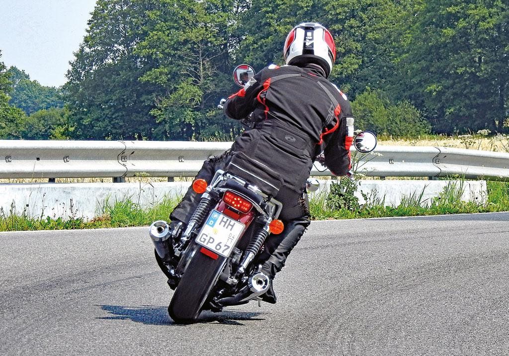 Honda CB 1100 EX - Heckansicht