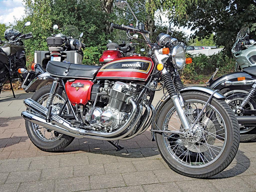 Legendäre Ahnin der EX: die Honda CB 750 four