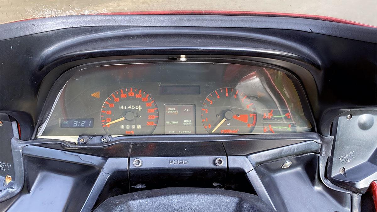 Cockpit wie beim Auto - Honda CX 500 Turbo, Bj. 1982