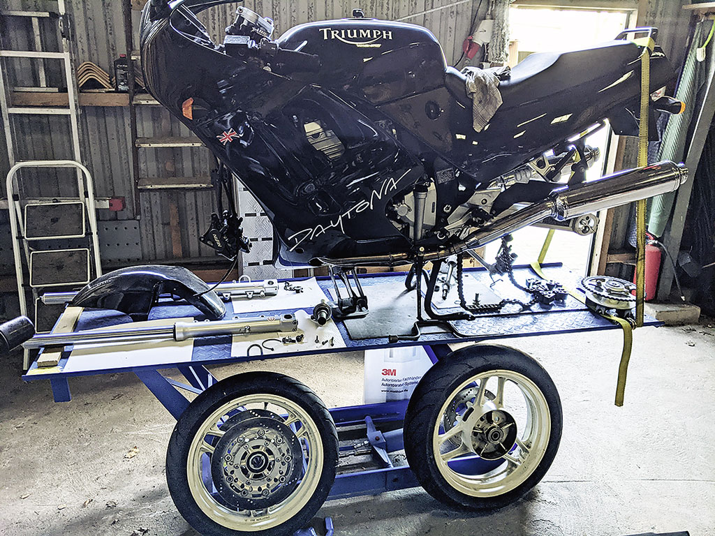 Neue Reifen für die Triumph Daytona
