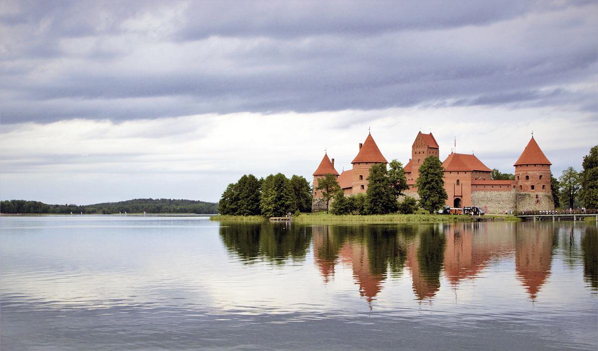 Motorradreise ins Baltikum - die Burg von Trakai