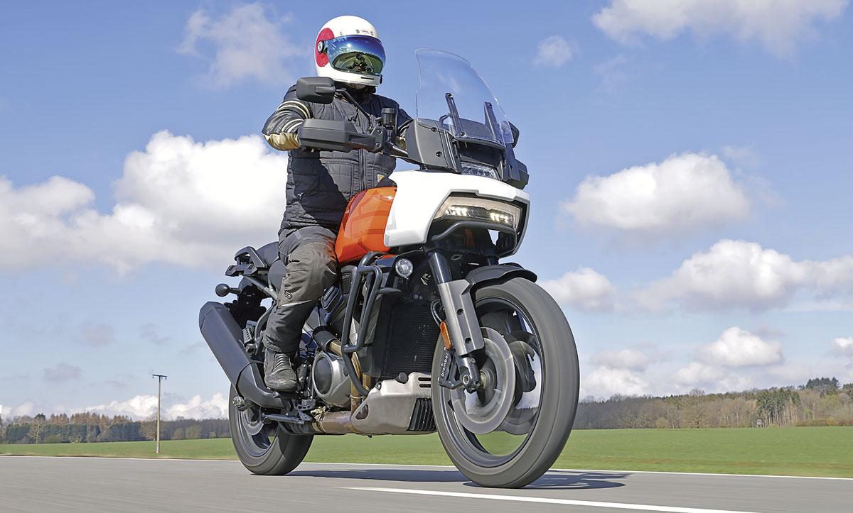 Polarisierende Front - Harley-Davidson Pan America