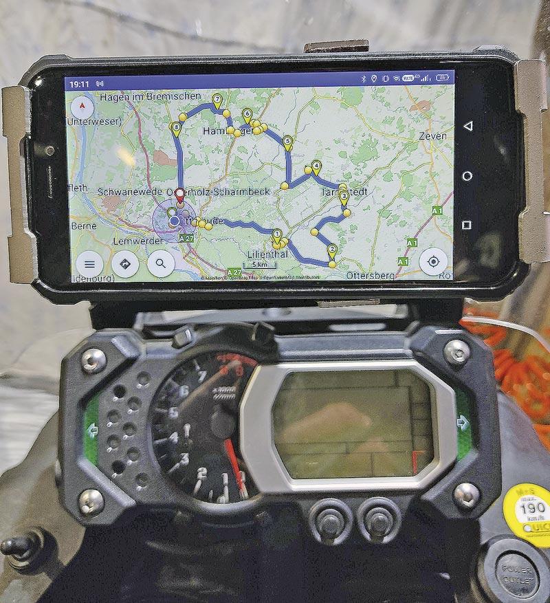 Smartphone als Motorrad-Navi