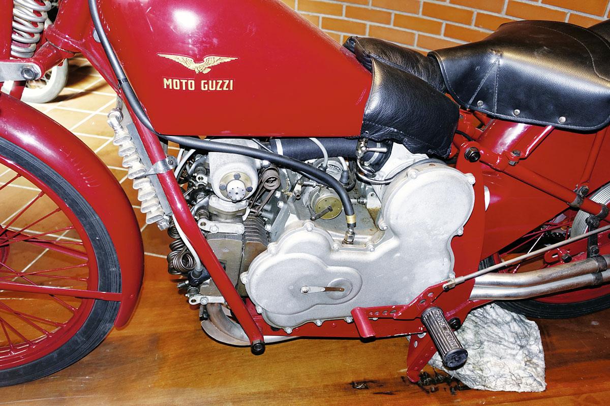 Moto Guzzi Mehrzylinder-Reihenmotoren - Kompressor der Quattro Cylindri