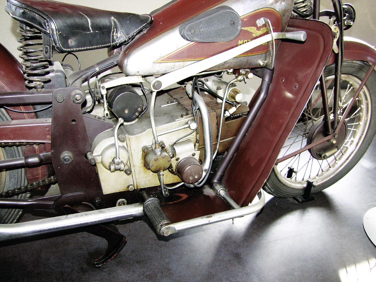 Moto Guzzi Mehrzylinder-Reihenmotoren - Tre Cilindri Grand Turismo