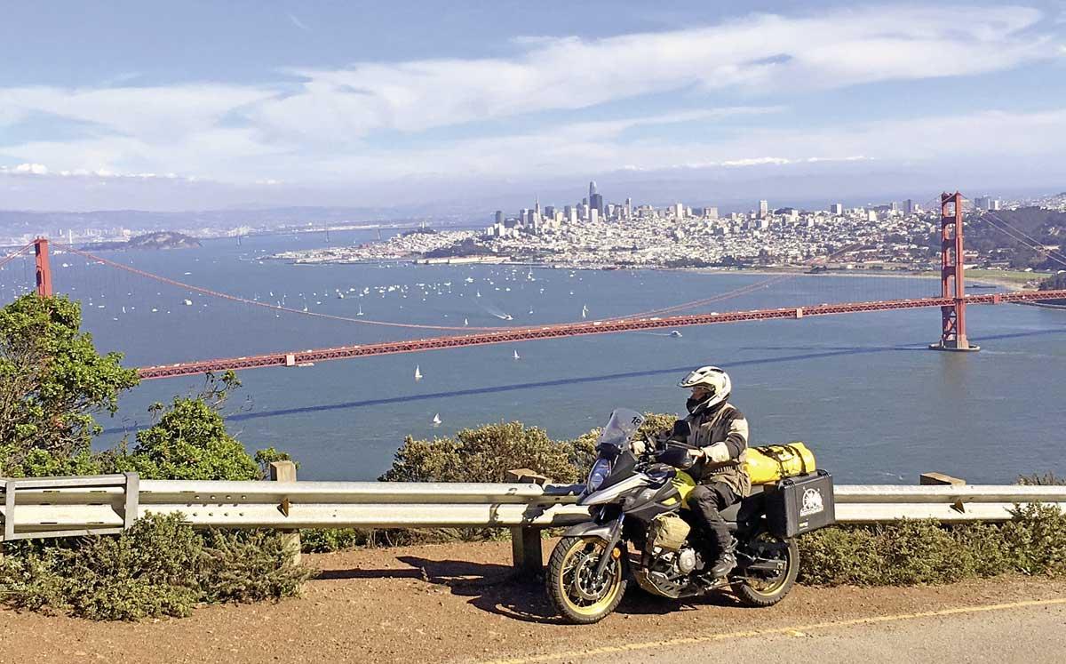 Start in San Francisco - Golden Gate Brücke ohne Nebel